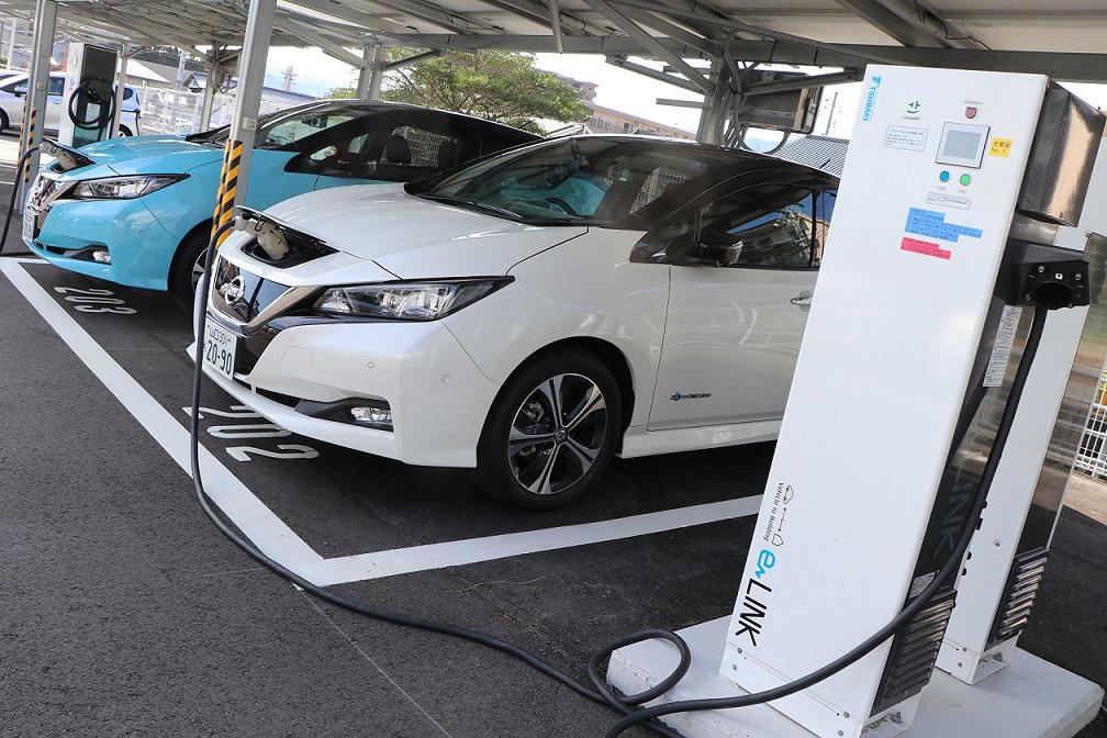 Nissan recarga autos eléctricos