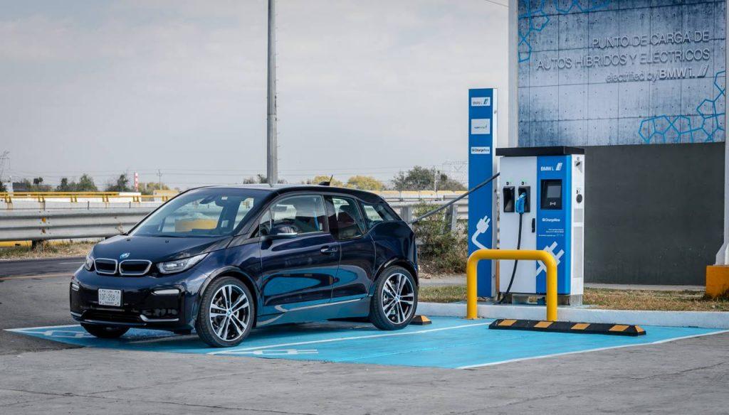 BMW i3 recarga autos electricos