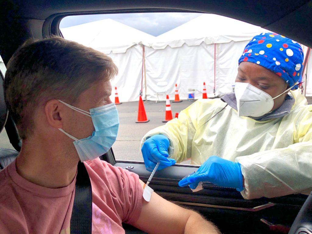 vacuna covid-19 turistas