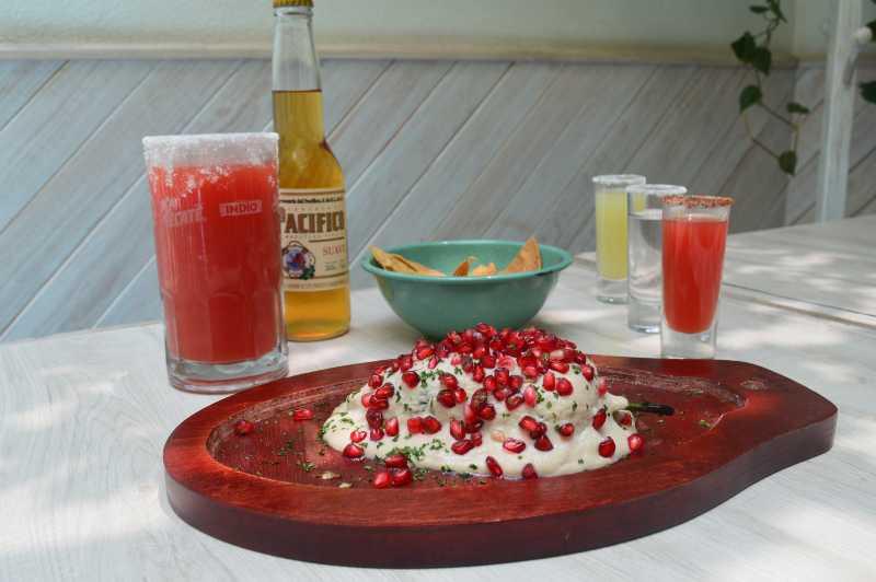 Chile en Nogada estilo Acapulco